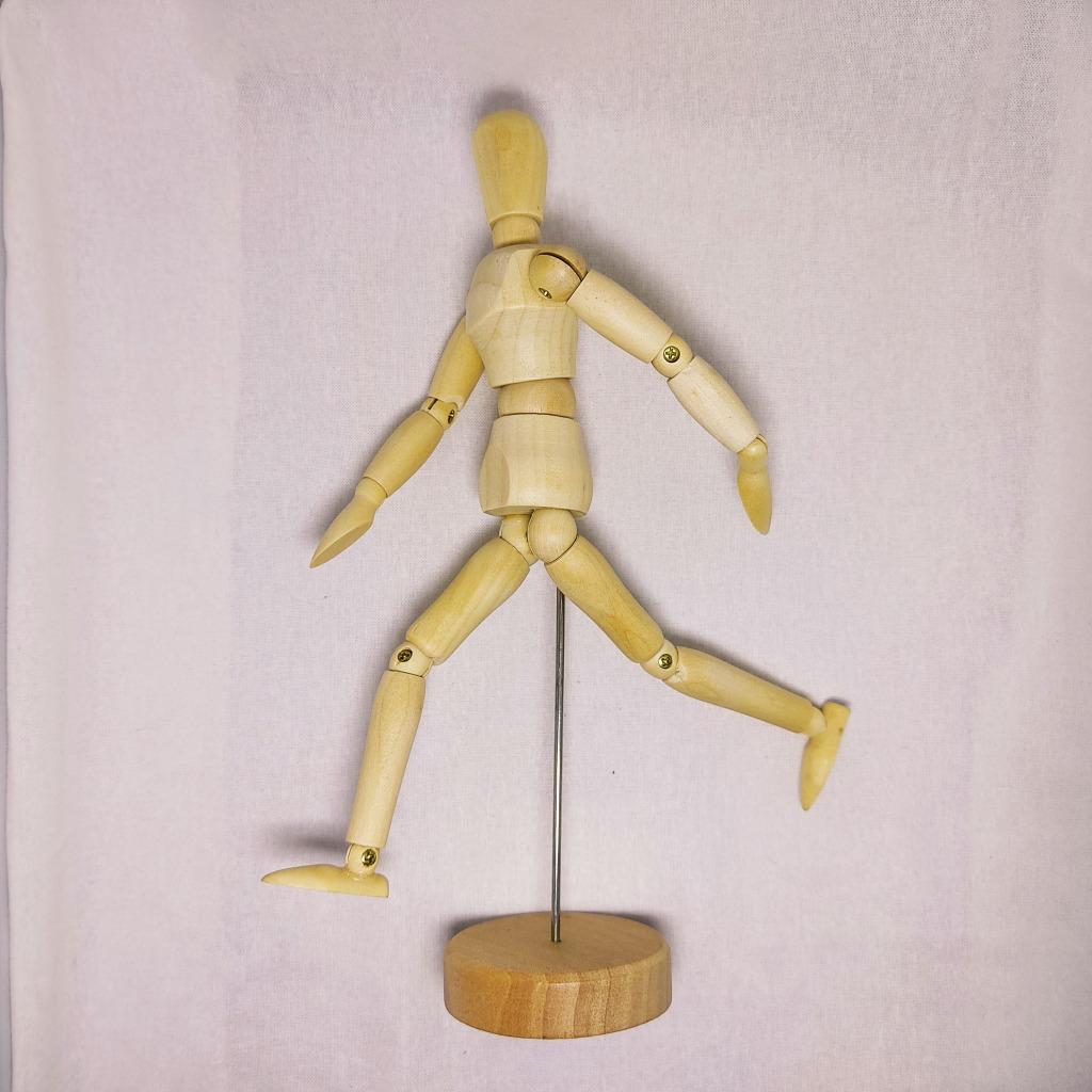 TOP デッサン人形